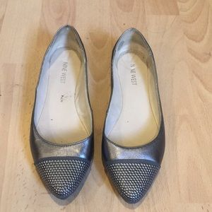 Nine West women's flats gray size 6 1/2